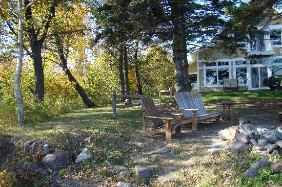 Larsmont Cottages on Lake Superior: 3 bedroom and suite by the flat rock where we were married