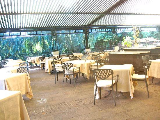 Du Lac et Du Parc Grand Resort: breakfast room