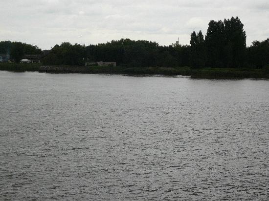 Hotel Scheldezicht: Schelde River