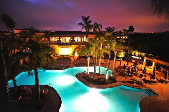 The Ritz-Carlton, Laguna Niguel: Pool at night