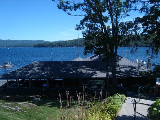 Boathouse Restaurant: Front Entrance