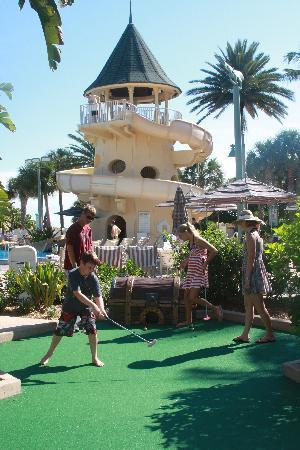 Disney's Vero Beach Resort: mini-golf with waterslide in background