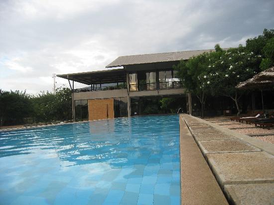Thilanka Resort and Spa: Pool