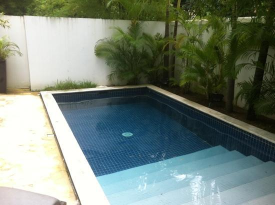 โรงแรมเดอะพาวิเลียน: Plunge pool of No.14