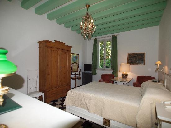 Quattro Fontane Hotel: STANDARD ROOM