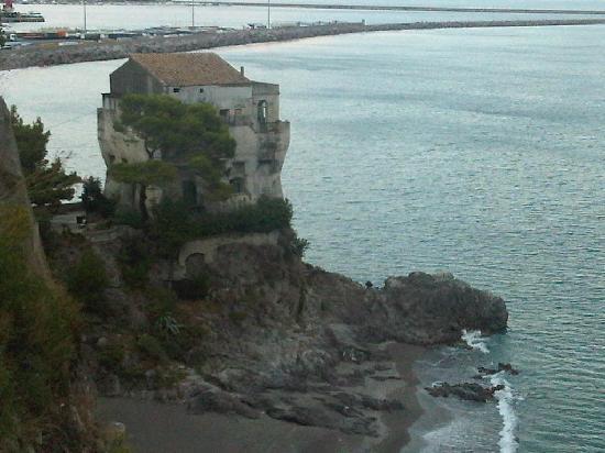 Hotel La Lucertola: ..a sinistra...