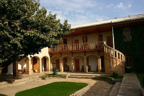 Hotel Malika Samarkand: Cour intérieure