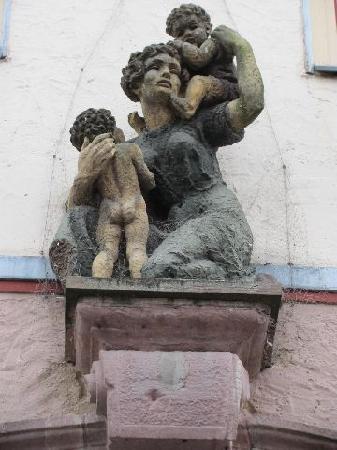 Rathaus: 7