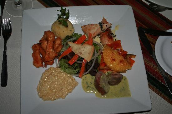 Hotel Rosario Lago Titicaca: Variety of Bolivian dishes