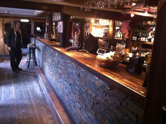 Den Gode Nabo : Trivelig pub