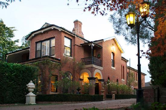 Bishop's Court Estate Boutique Hotel: Bishop's Court Estate ... Bathurst's only Luxury Boutique Hotel.