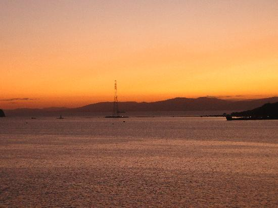 Golden Horn Bay : Magnificent sunset over the bay