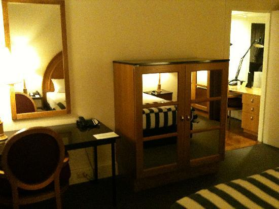 Vibe Savoy Hotel Melbourne: 1008