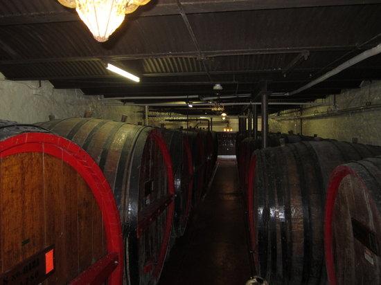 Keuka Lake Wine Trail: Real wine casks