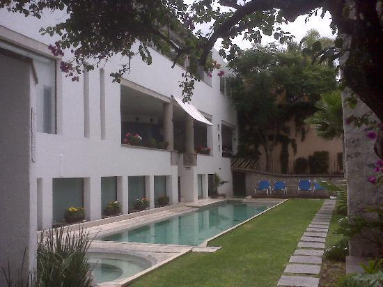 Suites & Spa Dona Urraca: Swimming pool