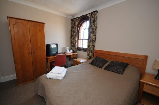 Woodbridge Station Guest House: Double Room
