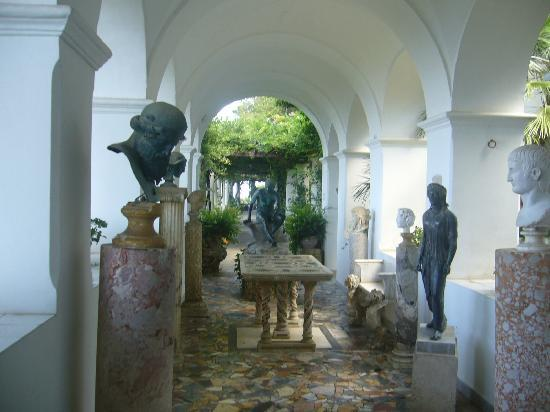 Villa San Michele: The view towards the Garden