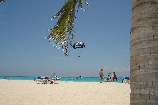Hotel Riu Palace Mexico: playa