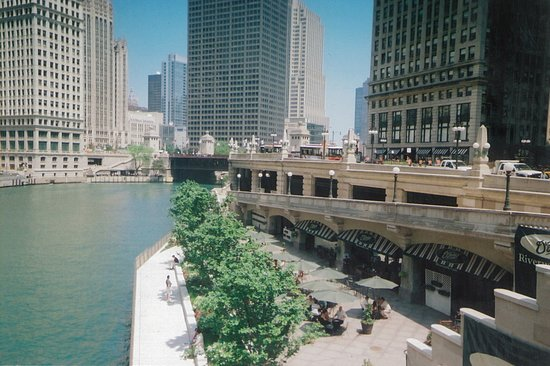 Chicago's Finest Tours : South River Walk!