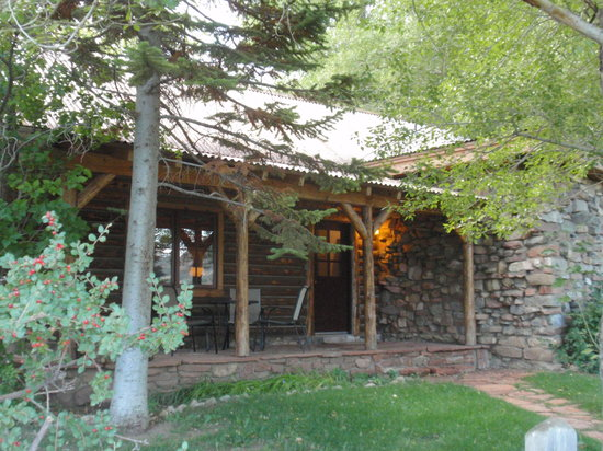 Pack Creek Ranch: gate house