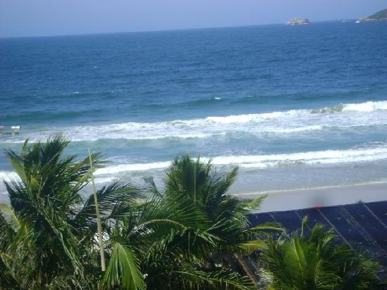 Costa Norte Ingleses Hotel: praia limpa.