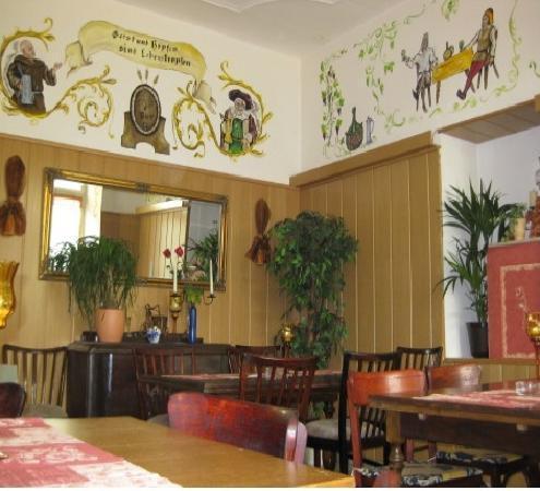 """Ellen's Restaurant: Die Bürgerstube in """"Ellen´s Restaurant"""" im Hotel Kolpinghaus Andernach"""