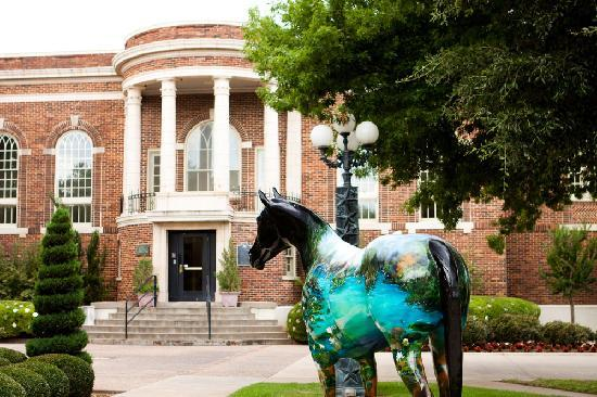 Wichita Falls, TX: Discover a thriving art scene at the Kemp Center for the Arts