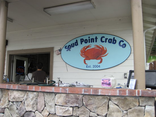 Spud Point Crab Company: The store front