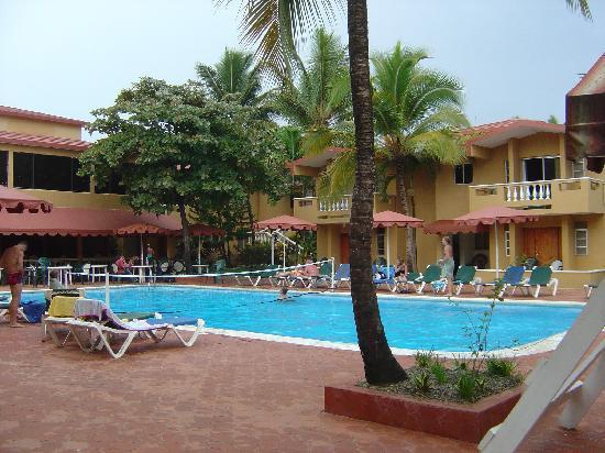 Hotel Celuisma Cabarete: 1ere piscine (en 2005)