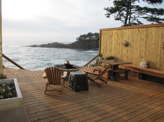 An Ocean Paradise Whales Rendezvous B&B: Loved the private deck!