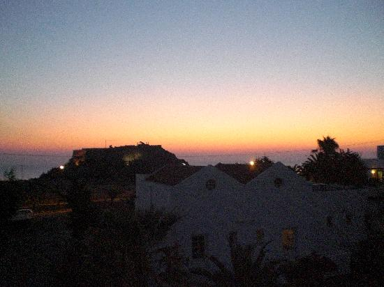 Hotel Lindos View: Acropolis at dawn seen from balcony