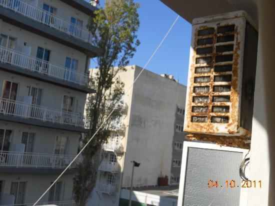 Amaryllis Hotel: condizionatore