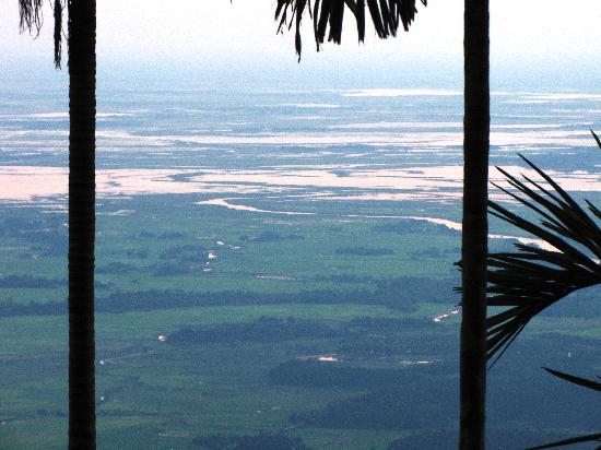 Cherrapunjee Holiday Resort: view from garden