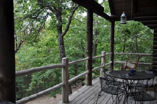 Cherokee Mountain Luxury Log Cabins: Deck