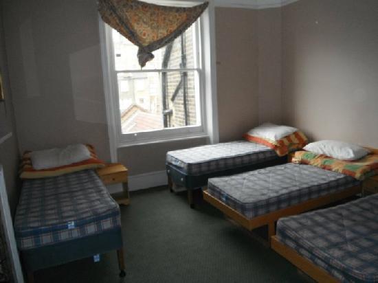 Curzon House Hotel: habitación para cuatro personas