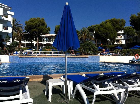 Inturotel Esmeralda Park: One of the pools