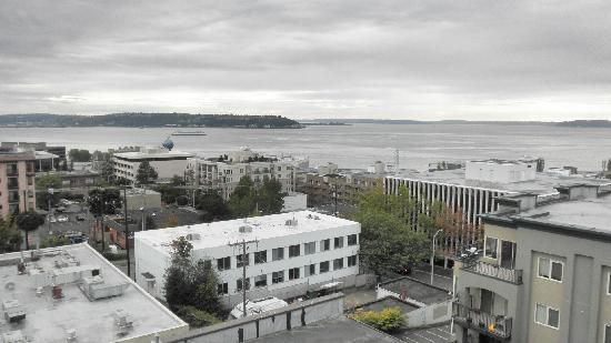 Mediterranean Inn: Puget Sound view from roof top deck