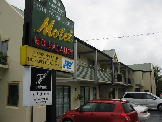 Comfort Inn Riccarton: Best Western Clyde on Riccarton street view