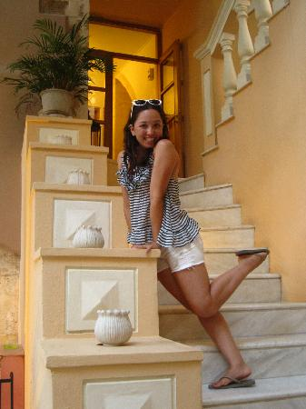 Casa Delfino Hotel & Spa: marble steps to our suite