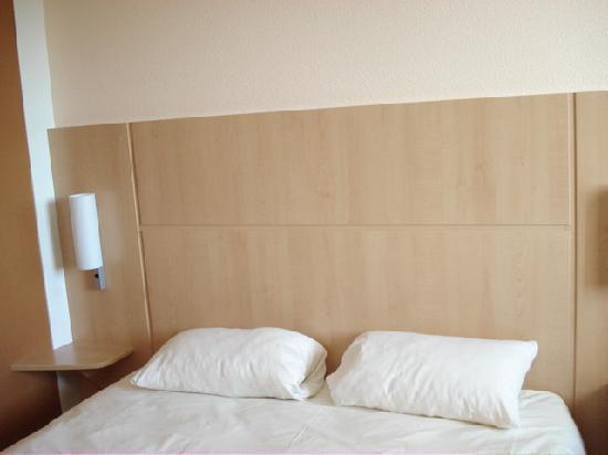 Ibis Loriol Le Pouzin : Bedroom