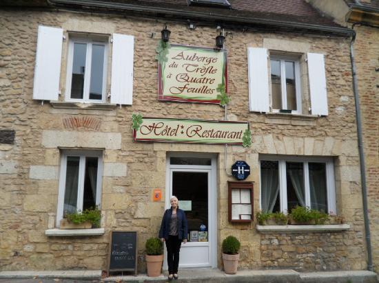 Le Trefle A Quatre Feuilles: HOTEL
