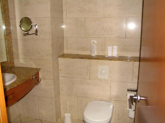 IFA Catarina Hotel: bathroom