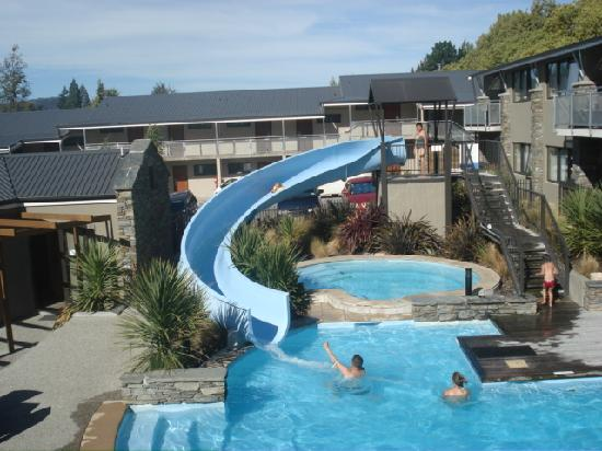 Ramada Resort Wanaka: love the pool