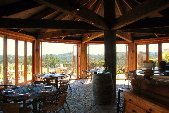 Omata Estate Vineyard: Restaurant