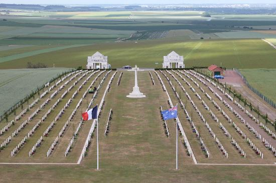 Villers Bretonneux Photos Featured Images Of Villers
