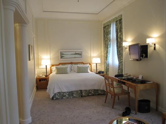 Belmond Copacabana Palace: Largenicely decorated rooms
