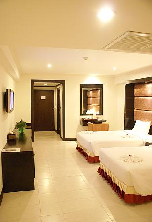 Royal Orchid Resort : Deluxe Room