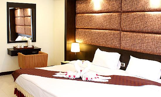 Royal Orchid Resort: Superior Room