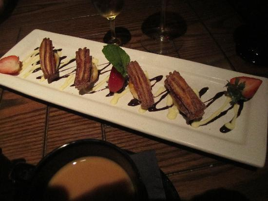 Eno Vino Wine Bar & Bistro: churros for dessert