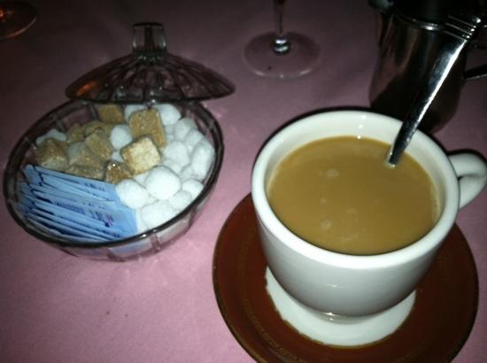 Pamplemousse French Restaurant : coffee with brown sugar cubes was an unexpected treat.